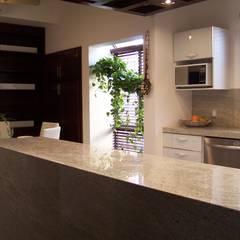 Cocinas integrales de estilo  por Cocinas Ciao Torreón