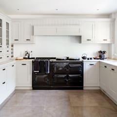 Buckinghamshire Family Home:  Built-in kitchens by Camilla Bellord Interiors