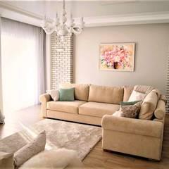 Living room by студия  Александра Пономарева,