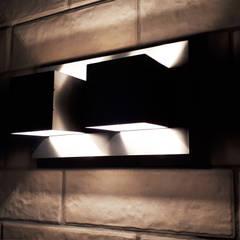 2-х комнатная квартира на Столетова: балконы в . Автор – Студия интерьерного дизайна MEL