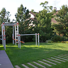 Gym by ARCADIA GARDEN Landscape Studio