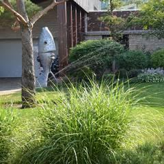 Вилла с садом в стиле модерн. КП Бенелюкс. 2012 г: Навесы в . Автор – ARCADIA GARDEN Landscape Studio