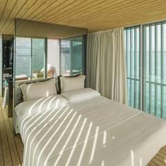 Khách sạn by Mano de santo - Equipo de Arquitectura
