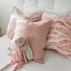 Dormitorios de niñas de estilo  por LojaQuerido by Ana Antunes