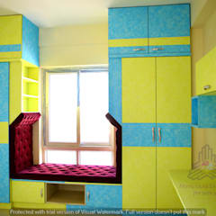 Aditya Silicon Heights:  Small bedroom by Meticular Interiors