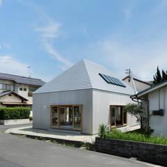 SOJA-O: 建築設計事務所 可児公一植美雪/KANIUE ARCHITECTSが手掛けた一戸建て住宅です。