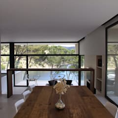 Arquitectura para el bienestar en Madrid: Comedores de estilo  de Otto Medem Arquitecto vanguardista en Madrid