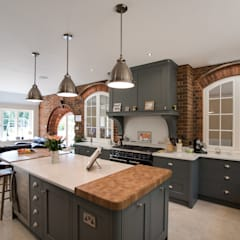 Industrial style kitchen:  Built-in kitchens by John Ladbury and Company