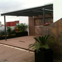 Projekty,  Podwórko zaprojektowane przez TRASSO ATELIER