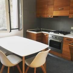 Built-in kitchens by DUOLAB Progettazione e sviluppo,