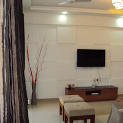 3 bhk :  Living room by Espee Designs