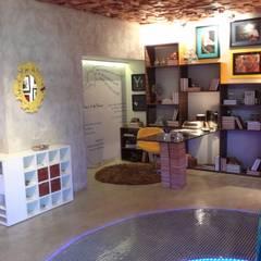 Phòng học/Văn phòng theo Perotto E Fontoura Estúdio de Arquitetura,