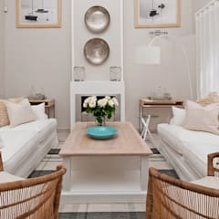 Beach House Glam Guest House - Onrus:  Living room by Overberg Interiors, Eclectic