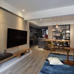 Living room by 星葉室內裝修有限公司,