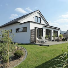 Single family home by Wiese und Heckmann GmbH