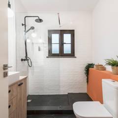Mediterranean style bathrooms by Rima Design Mediterranean