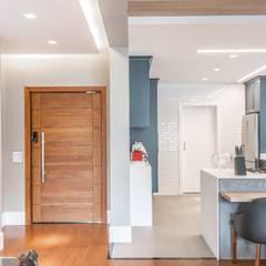 Muebles de cocinas de estilo  por Marina Zanatto Arquitetura e Interiores