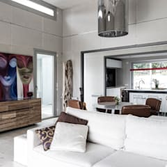 Living room by INFINISKI,
