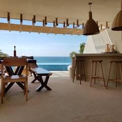 Punta Majahua, Troncones.: Salas de estilo  por Zozaya Arquitectos