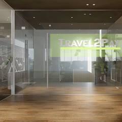 Glass doors by công ty thiết kế văn phòng hiện đại CEEB