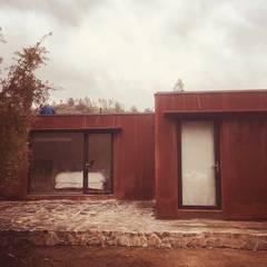 Passive house by INFINISKI, Minimalist