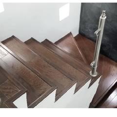 Tangga oleh BAUS arquitectos, Modern