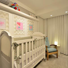Dormitorios de bebé de estilo  por Denise Friedmann Arquitetura e Interiores