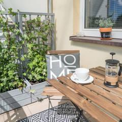 Balcony by Miejskie Ziele, Modern