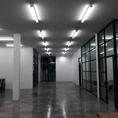 renovate offic :  อาคารสำนักงาน ร้านค้า by somsou87
