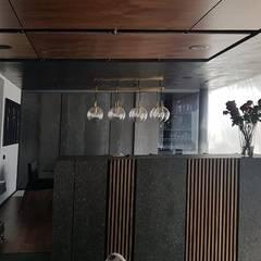 غرفة السفرة تنفيذ Brenno il mobile, تبسيطي خشب Wood effect