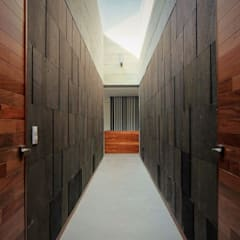 Wooden doors by Brenno il mobile