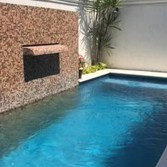 Garden Pool by Arq Eduardo Galan, Arquitectura y paisajismo
