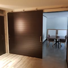 Sliding doors by MODULAR HOME