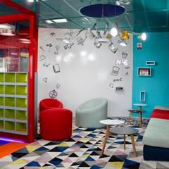 English Laboratory: Estudios y despachos de estilo  por Cruz de La Pava