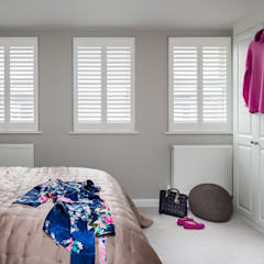Small bedroom by Plantation Shutters Ltd, Modern Solid Wood Multicolored