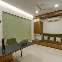 Ruang Kerja oleh Studio Living Stone, Asia