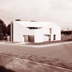 Casas unifamiliares de estilo  por Franthesco Spautz Arquitetura