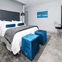 New Build Guest House de Kelders:  Bedroom by Overberg Interiors