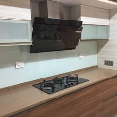 Interiors @Ajmera villows:  Built-in kitchens by Renovart