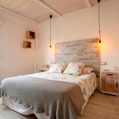 Small bedroom by UVE laboratorio de diseño, Modern