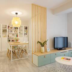 اتاق نشیمن by UVE laboratorio de diseño