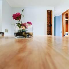 Remodelación Casa J&M en Huechuraba, Santiago: Muebles de cocinas de estilo  por MMAD studio - arquitectura & mobiliario -