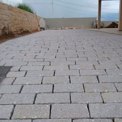 Полы в . Автор – Atrium Vale Pedras e Projetos,
