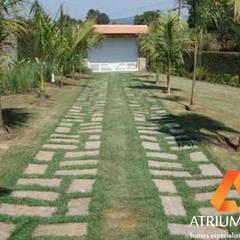 Lantai by Atrium Vale Pedras e Projetos