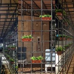 Embarcadero 41 Megaplaza: Restaurantes de estilo  por MESIA ARQUITECTOS, Industrial