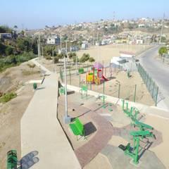 Fitnessraum von Torres Arquitectos Proyecto y Construcción