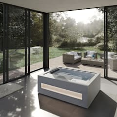 Home Spa: Jacuzzis de estilo  de Aquavia Spa