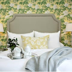 Pop of yellow :  Bedroom by Joseph Avnon Interiors, Classic