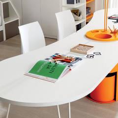 Tòa nhà văn phòng by MY STUDIO HOME - Design de Interiores