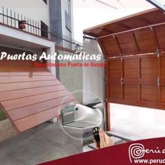 Puertas Automaticas de Garaje Peru: Puertas de estilo  por Puertas Automaticas - PERU DOOR,